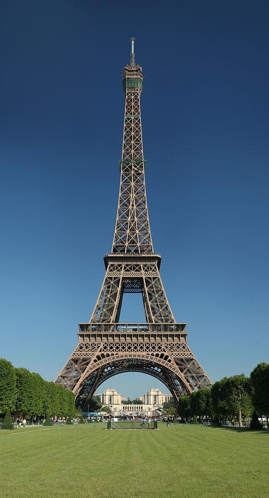 Tour_Eiffel_Wikimedia_Commons
