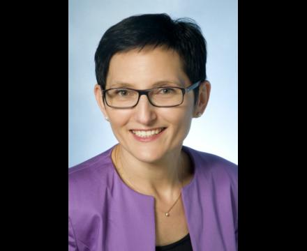 Paula Roels – Deutsche Bank
