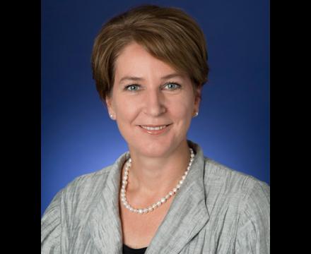 Isabel Schmidt – BNY Mellon